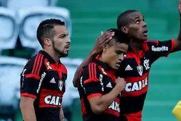 Ex-rival-e-algoz-pelo-Fla,-Everton-diz-gostar-de-encarar-o-Coxa-em-Curitiba