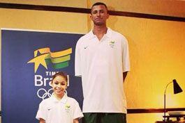 Time-Brasil-posta-foto-e-brinca-com-altura-de-ginasta-e-jovem-do-basquete